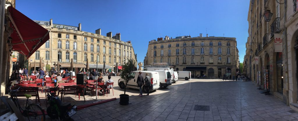 La Place du Parlement à Bordeaux